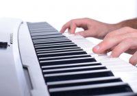 Klavieranschlag üben mit einem E-Piano: So gelingt es!